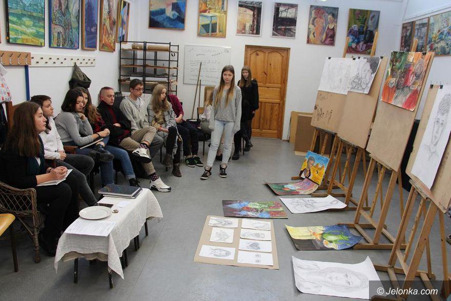 Jelenia Góra: Czas wzmożonych działań artystycznych w Rzemiosłach