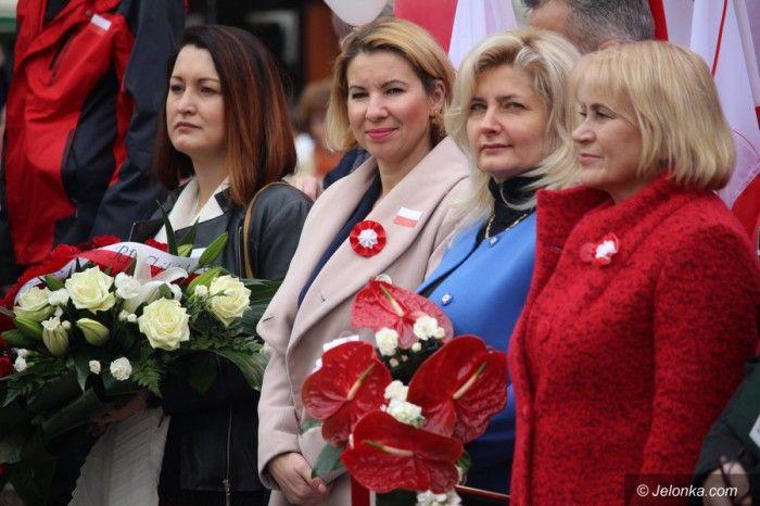 Elżbieta Stępień (druga od lewej), Zofia Czernow (pierwsza z prawej)