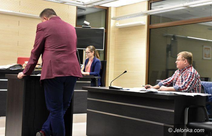 Jelenia Góra: Wójt zeznawał w procesie przeciw radnemu