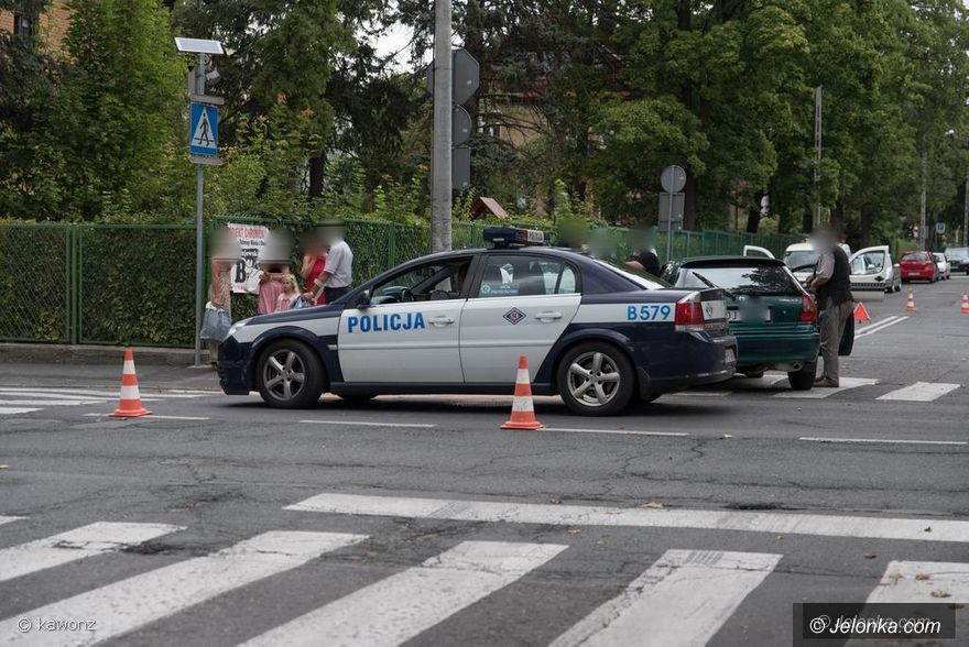 Jelenia Góra: Kolizja samochodów na ulicy Mickiewicza