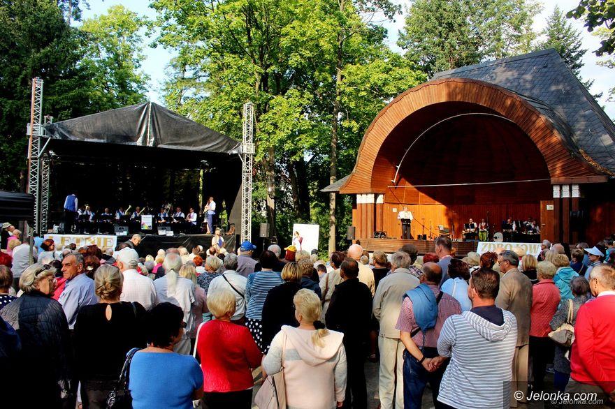 Jelenia Góra: Pojedynek muzyczny na dwóch scenach