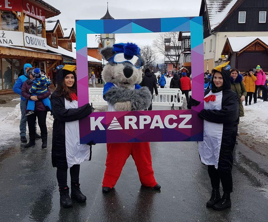 Karpacz: Orkiestra zagrała pod Śnieżką