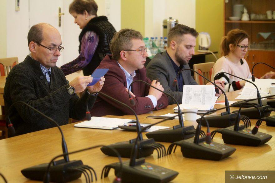 Jelenia Góra: Radni o oświacie