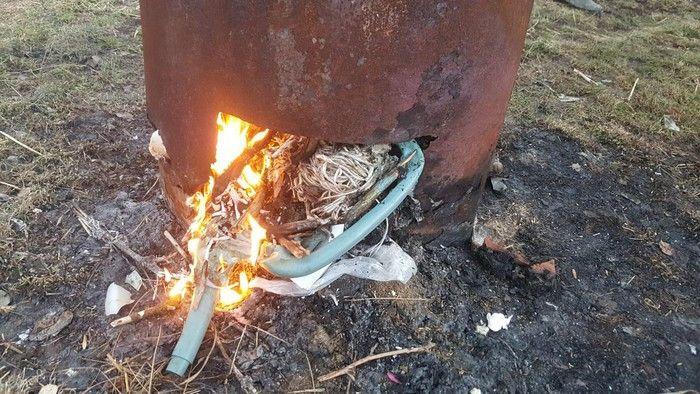 Jelenia Góra: Spalał plastiki, musiał zapłacić mandat