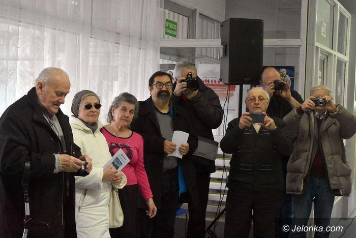 Jelenia Góra: Poplenerowa wystawa fotografii w ODK