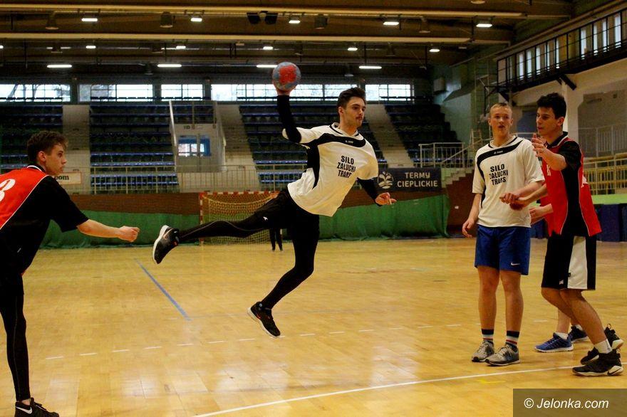 Jelenia Góra: Poznaliśmy mistrzów Licealiady piłki ręcznej