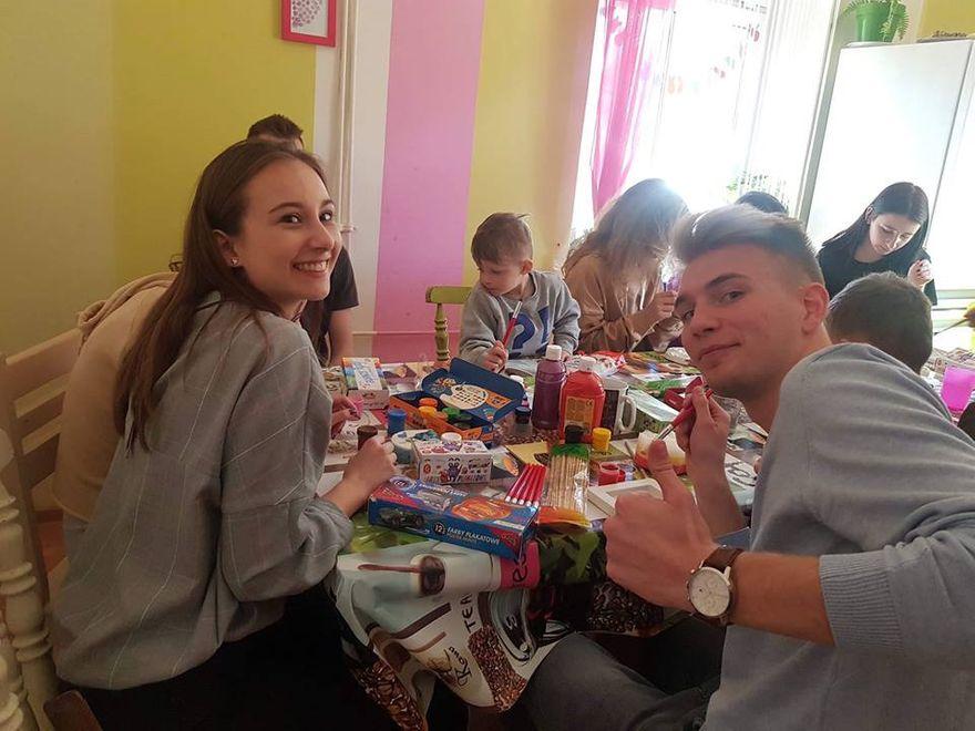 Kowary: Wielkanocne dary od młodzieży z