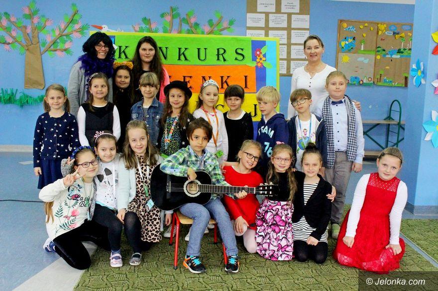 Jelenia Góra: Szkolny konkurs piosenki