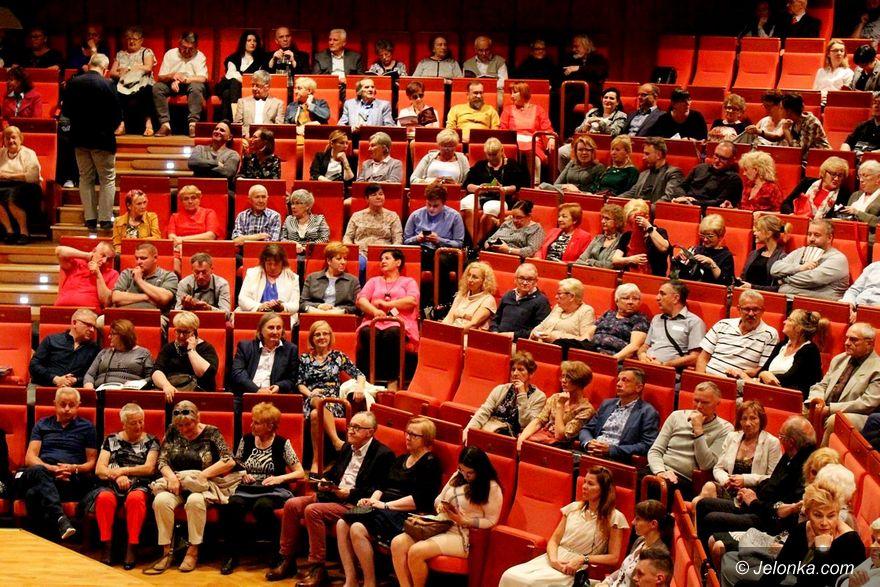 Jelenia Góra: Gruziński chór z Batumi zachwycił publiczność