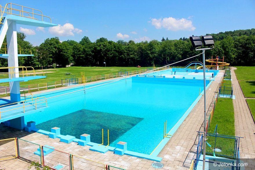 Jelenia Góra: Kiedy otwarcie basenu?