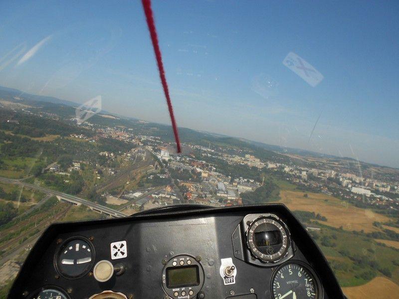 Jelenia Góra: Bezpieczne wakacje na lotnisku