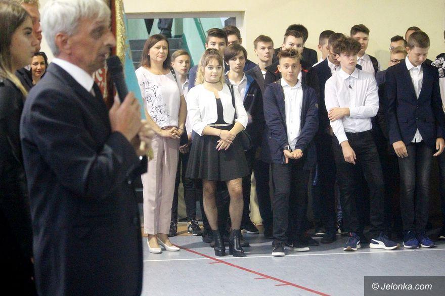 Jelenia Góra: Pierwszy dzwonek w Elektroniku