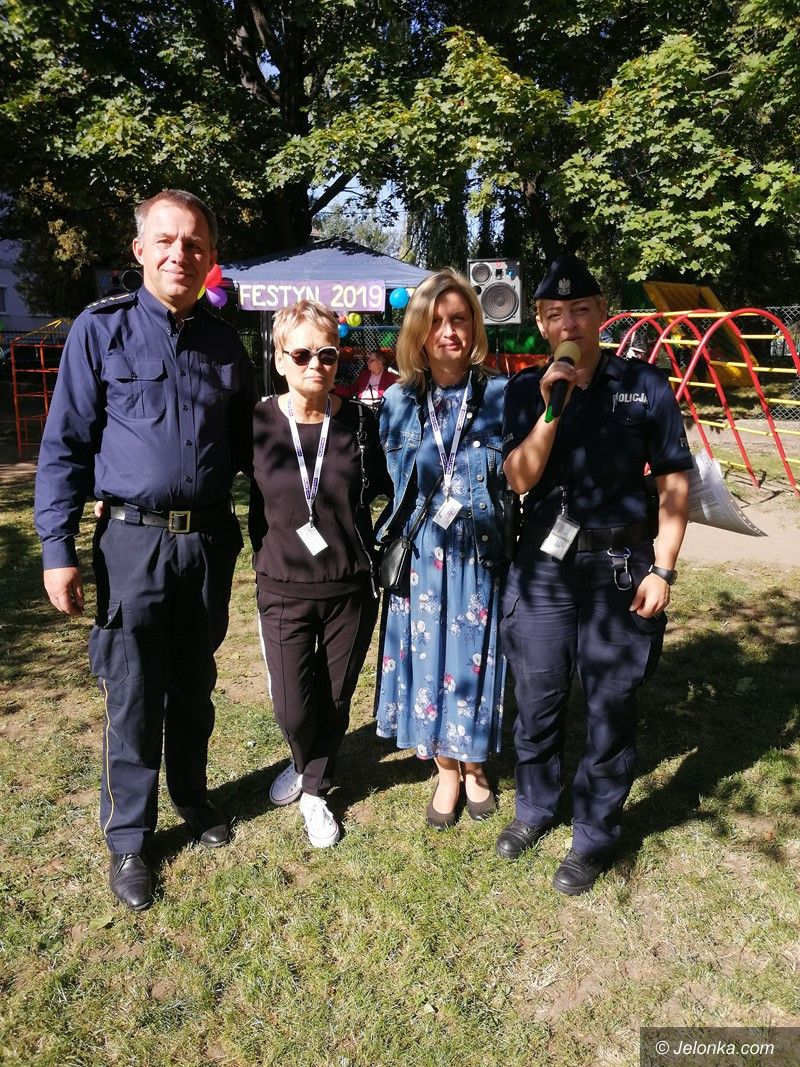 Jelenia Góra: Strażnicy na festynie w MP 2