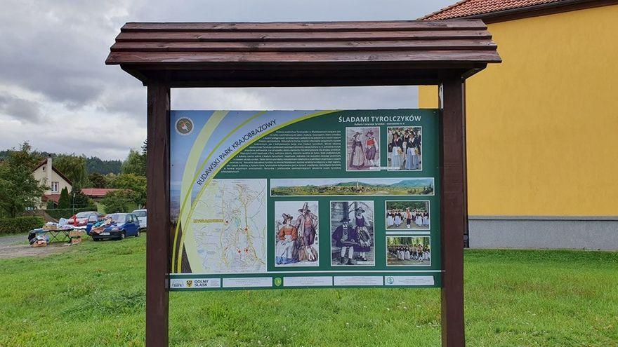 Mysłakowice: Są nowe tablice o atrakcjach gminy