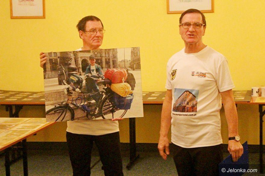 Jelenia Góra: Wystawa braci Osipików