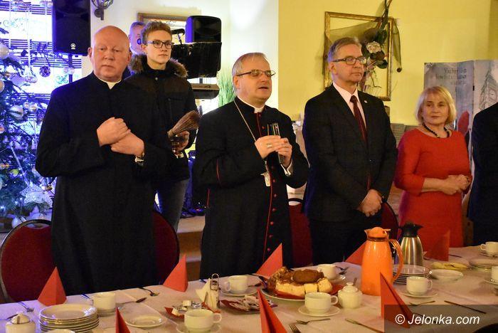 Jelenia Góra: Opłatek z biskupem
