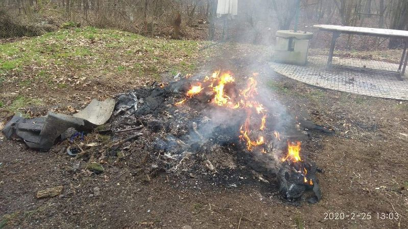 Jelenia Góra: Spalał części samochodowe