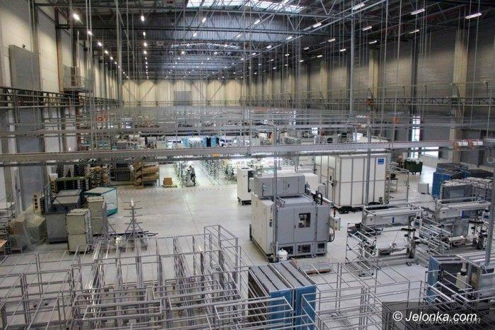 Jelenia Góra: Pracownicy strefy obawiają się wirusa