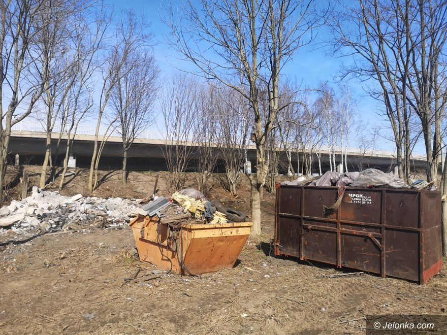 Jelenia Góra: Znikają dzikie wysypiska śmieci