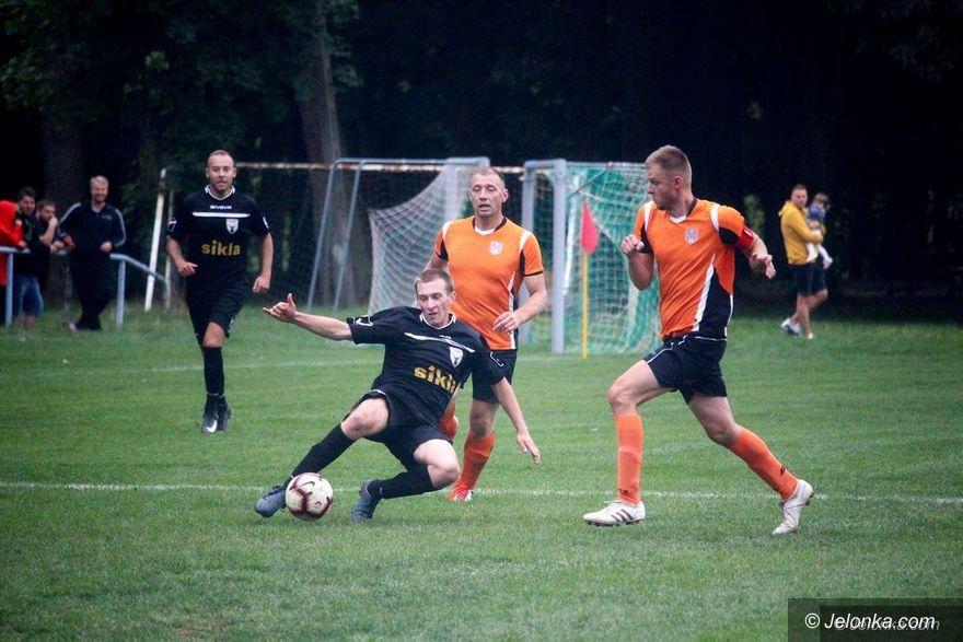 Jelenia Góra/Kraj: Ruszają charytatywne, wirtualne boje piłkarskie