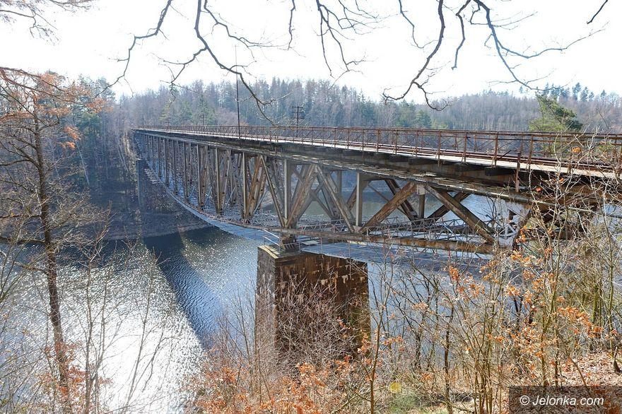 Pilchowice: Rusztowania na moście już nie ma