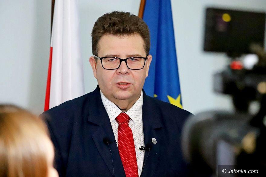 Polska: Ograniczenia w dostępie do informacji publicznej
