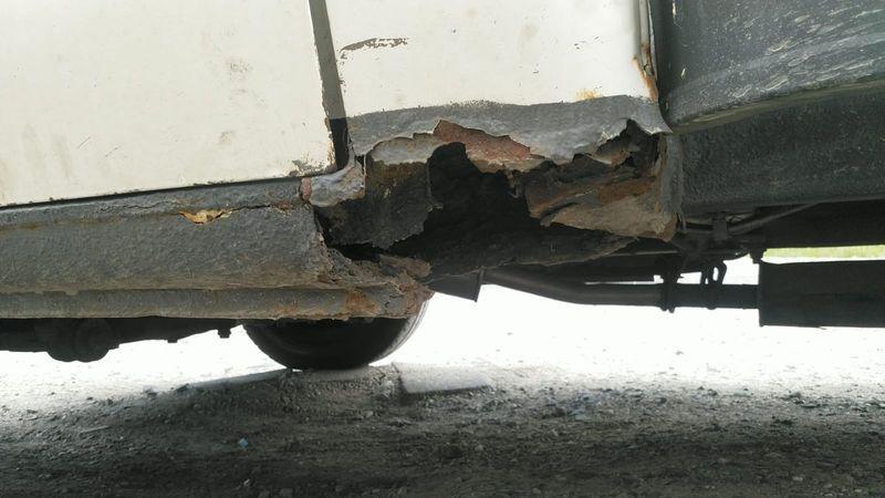 Jelenia Góra: Rozwoził meble autem, w którym nic nie działało
