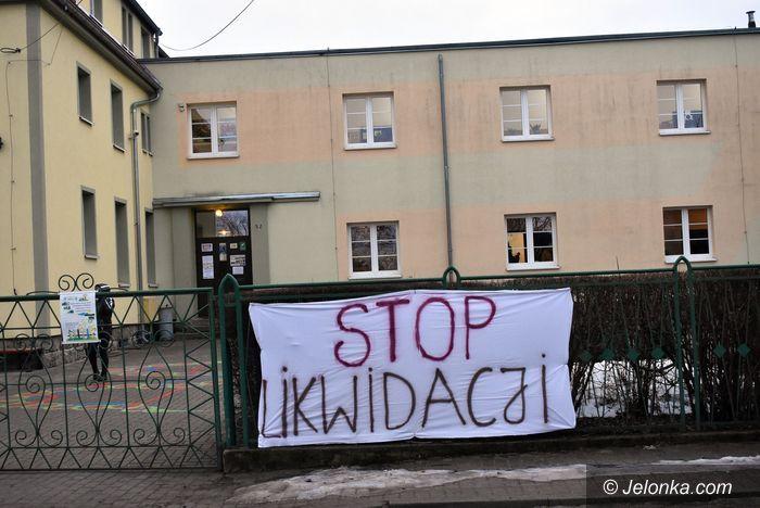 Sosnówka, Miłków: Co dalej ze szkołami w Miłkowie i Sosnówce?