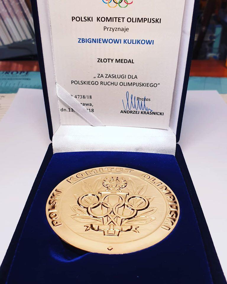 Karpacz: Medal od PKOL dla Zbigniewa Kulika
