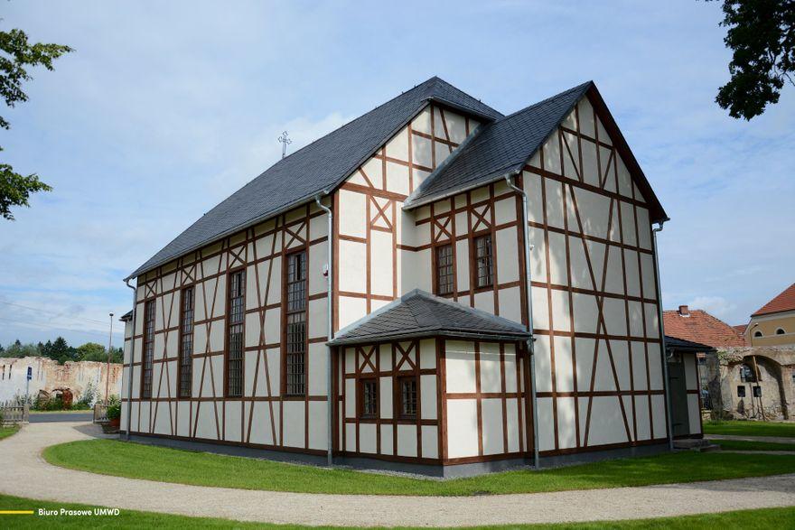 Łomnica: Otwarto Dom Modlitwy w Łomnicy