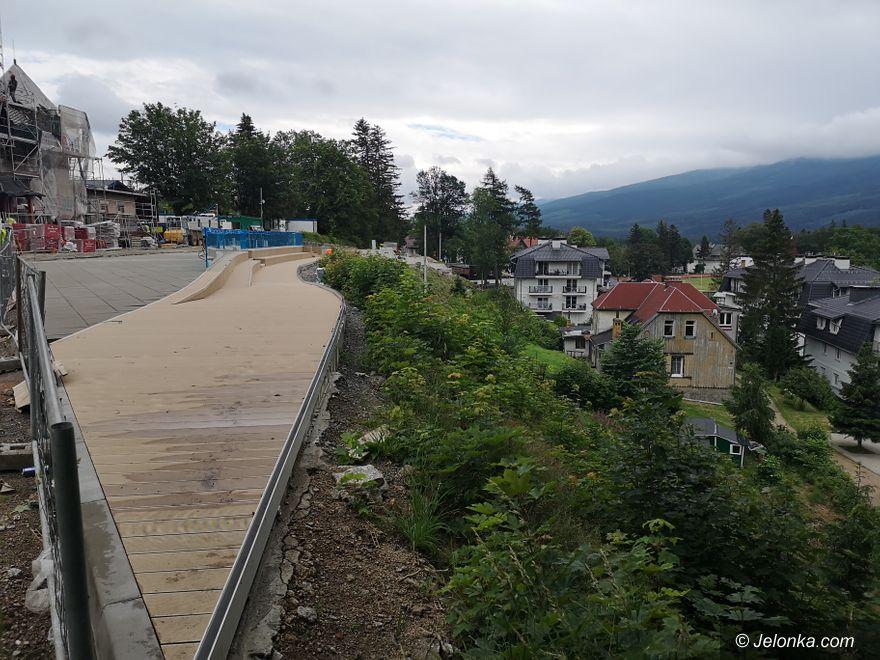 Szklarska Poręba: Trwa budowa punktu widokowego