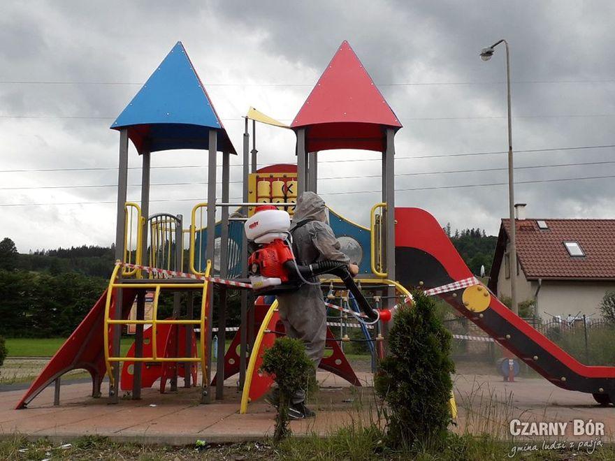 Czarny Bór: Bezpieczne place zabaw