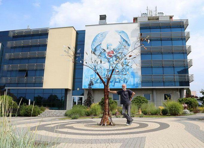 Bolesławiec: Mural na cześć medyków