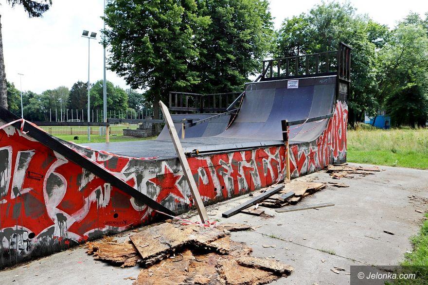 Jelenia Góra: MOS naprawia skatepark