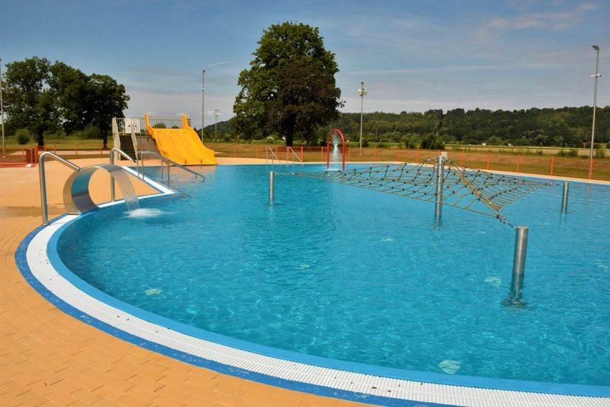 Lwówek Śląski: Otwarcie basenu w Lwówku