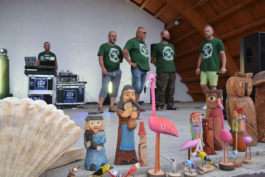 Kowary: Rzeźby dla Kowar