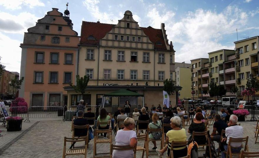 Lwówek Śląski: Wkręceni w dziennikarstwo
