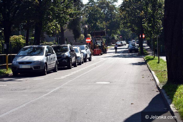 Jelenia Góra: Zygzakiem po ulicy