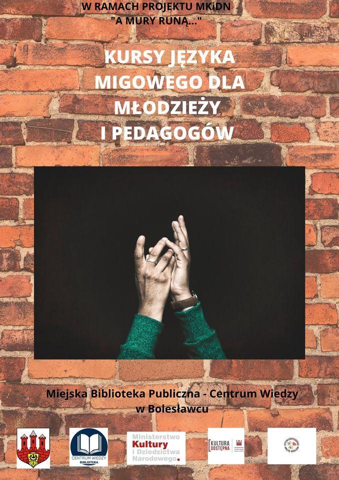 Bolesławiec: A mury runą...