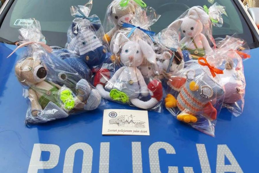 Kamienna Góra: Policjanci też pomagali