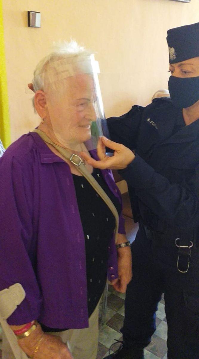 Jelenia Góra: Spotkanie policjantki z seniorami