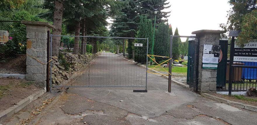 Kowary: Porządki przy cmentarzu