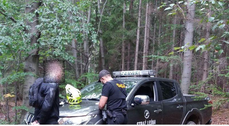 Powiat: 15 tysięcy za rajd po lesie
