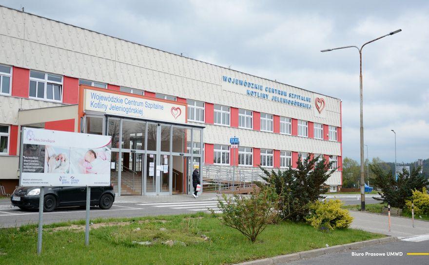 Jelenia Góra: W Jeleniej Górze robi się testy na SARS–CoV–2
