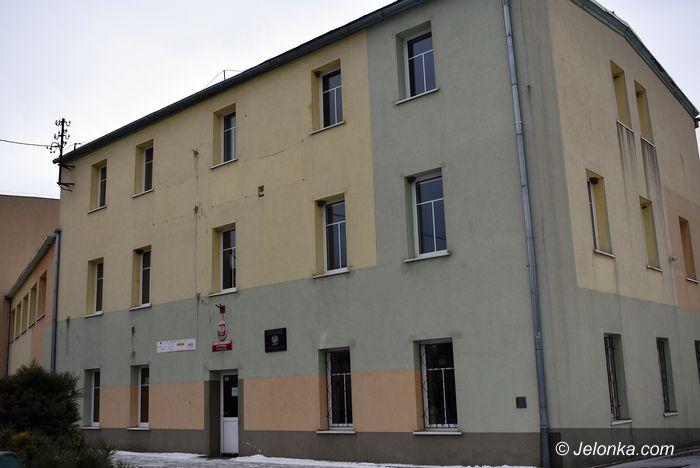 Podgórzyn: Szkoła na mieszkania