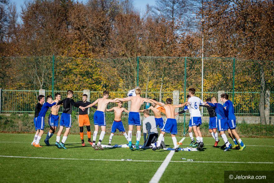Jelenia Góra: Biało–niebiescy pokonali lidera!