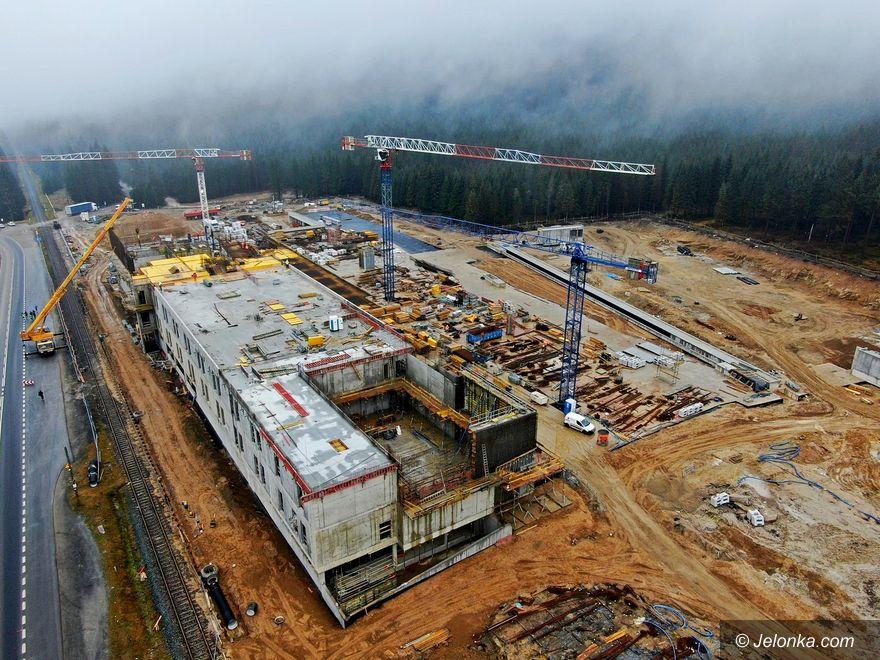 Szklarska Poręba: Budynek DCS pnie się w górę!