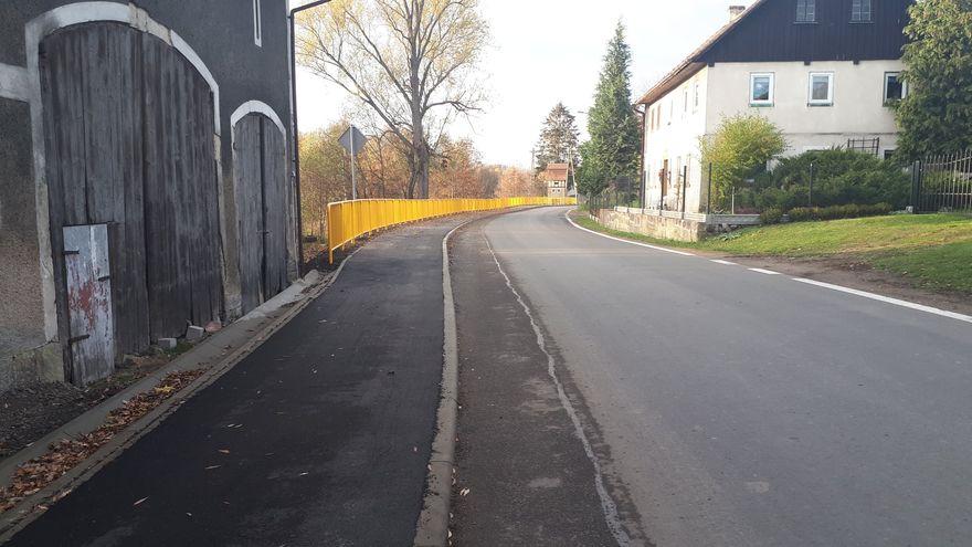 Żeliszów: Droga przebudowana