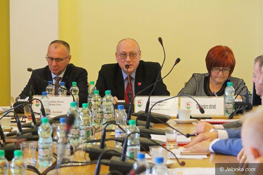 Jelenia Góra: Radni podnieśli ceny za śmieci