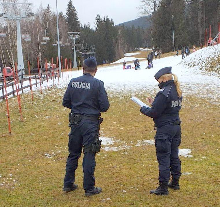 Szklarska Poręba: Policjanci na stokach